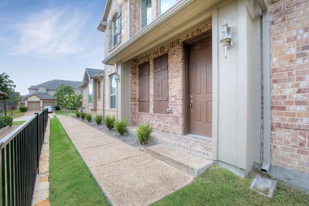 6604 Eagle Nest Drive, Garland, TX - USA (photo 4)
