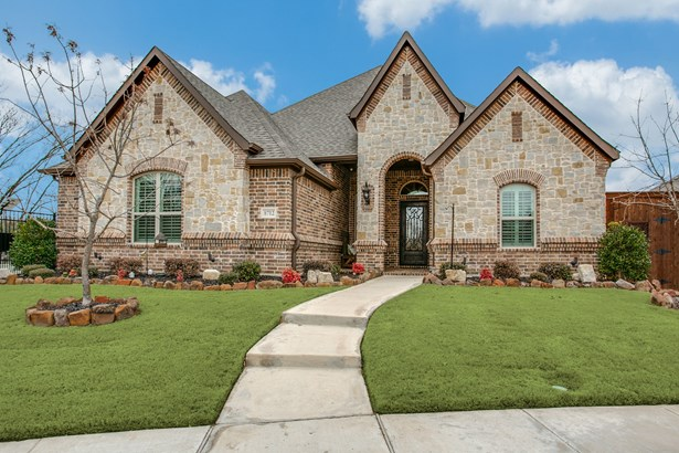 8712 Shadywood Lane, North Richland Hills, TX - USA (photo 1)