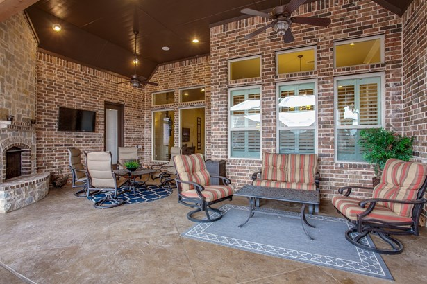 8712 Shadywood Lane, North Richland Hills, TX - USA (photo 3)