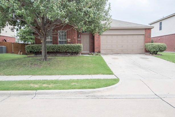 2220 Willow Drive, Little Elm, TX - USA (photo 1)