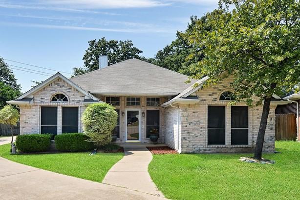 7624 Arbor Ridge Court, Fort Worth, TX - USA (photo 1)