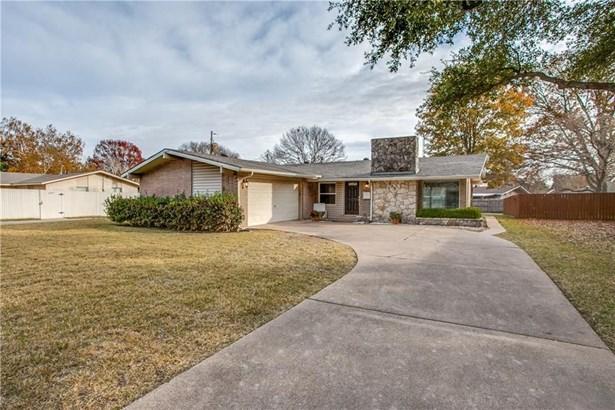 903 Forreston Drive, Richardson, TX - USA (photo 1)