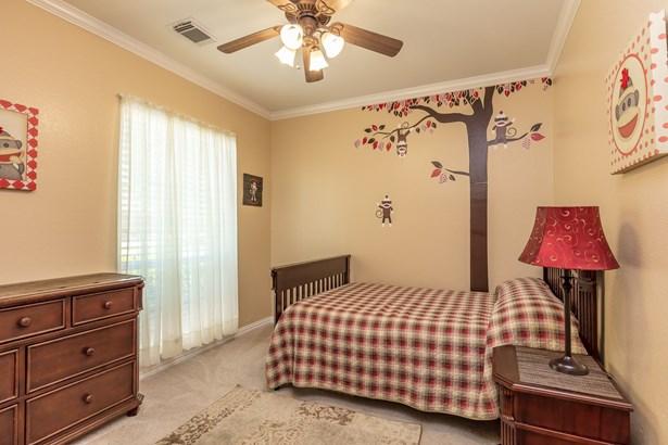 4205 Ivy Court, Fort Worth, TX - USA (photo 5)