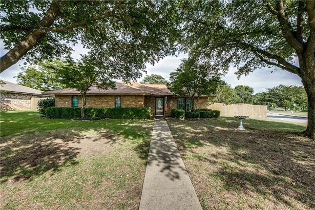 501 Meadow Ridge Drive, Cedar Hill, TX - USA (photo 2)