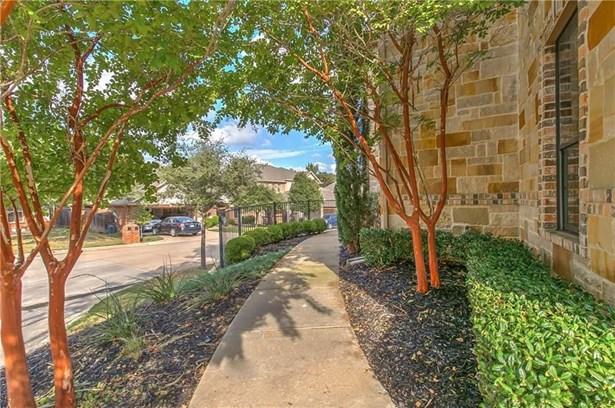 2512 Creek Villas Drive, Bedford, TX - USA (photo 2)