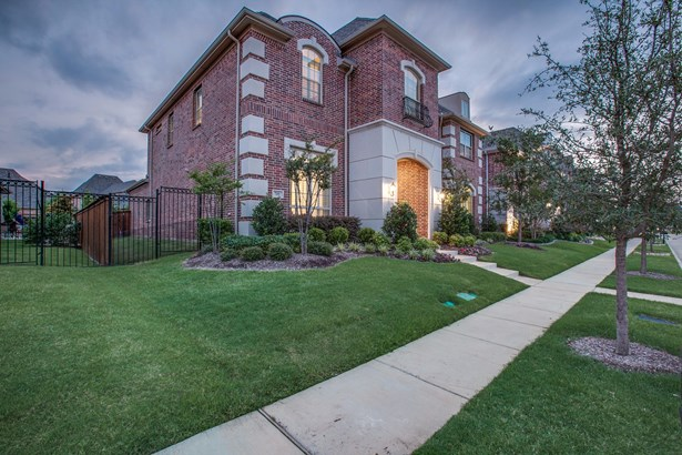 709 Orleans Drive, Southlake, TX - USA (photo 2)