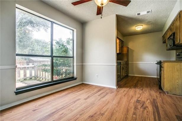 1614 Box Canyon Court, Grapevine, TX - USA (photo 4)