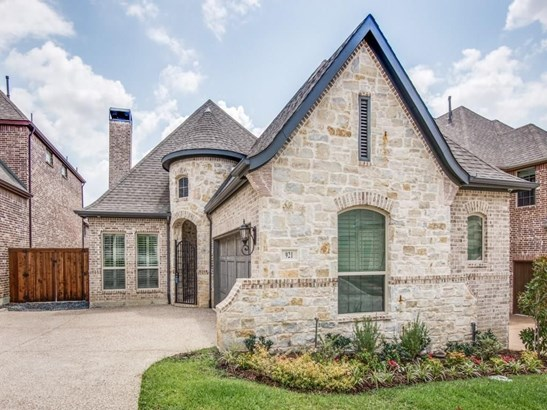 921 The Lakes Boulevard, Lewisville, TX - USA (photo 1)