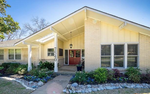 7540 Stonecrest Drive, Dallas, TX - USA (photo 1)