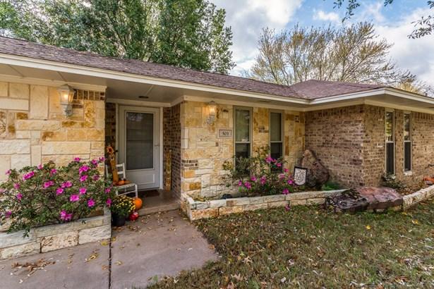 503 Mockingbird Street, Bonham, TX - USA (photo 2)