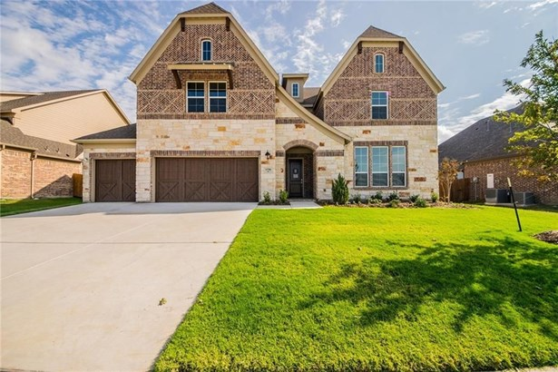 13700 Canals Drive, Little Elm, TX - USA (photo 1)