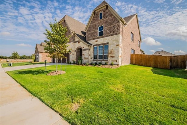 13700 Canals Drive, Little Elm, TX - USA (photo 2)