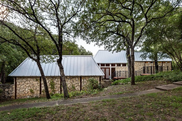 2421 N Cooper Street, Arlington, TX - USA (photo 1)