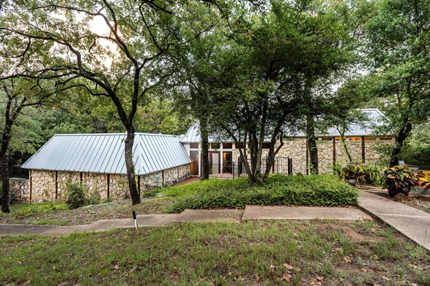 2421 N Cooper Street, Arlington, TX - USA (photo 2)