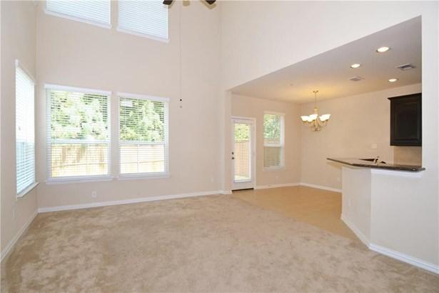185 Barrington Lane, Lewisville, TX - USA (photo 4)