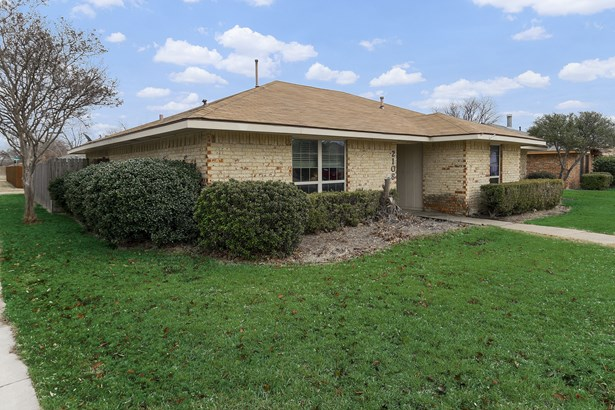 2108 Ashwood Lane, Carrollton, TX - USA (photo 1)
