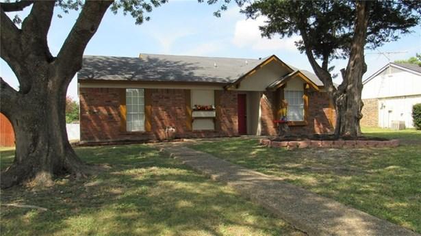 2005 Highmont Drive, Garland, TX - USA (photo 3)