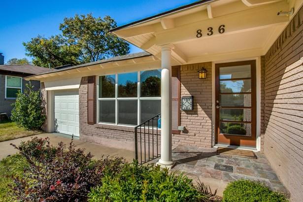 836 Berkinshire Drive, Dallas, TX - USA (photo 1)