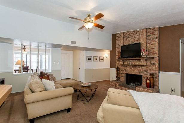4214 Arrowwood Street, Mesquite, TX - USA (photo 5)