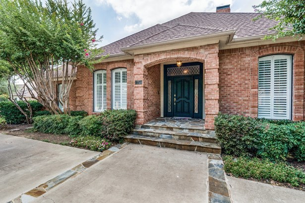 7528 Summitview Drive, Irving, TX - USA (photo 3)