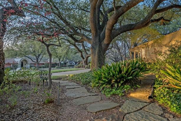 14110 Valley Creek Drive, Dallas, TX - USA (photo 5)