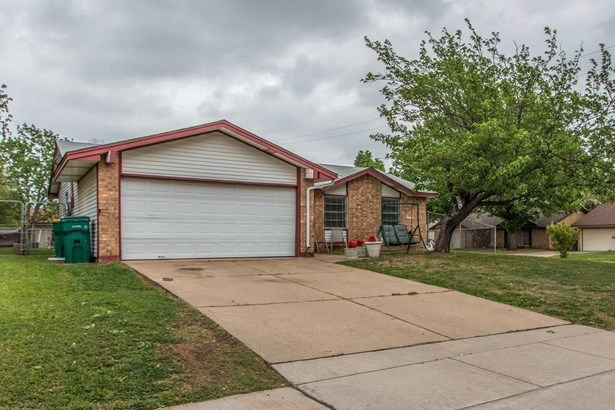 601 Bentwood Drive, Lewisville, TX - USA (photo 4)
