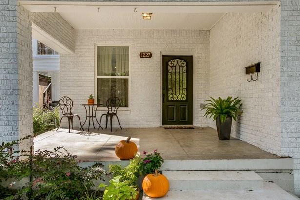 1227 Woodlawn Avenue, Dallas, TX - USA (photo 2)