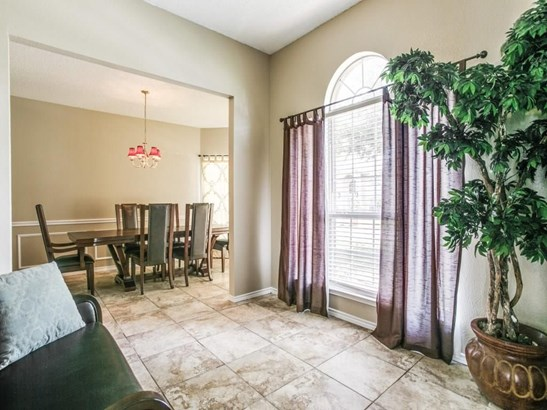 709 Yaupon Drive, Garland, TX - USA (photo 5)