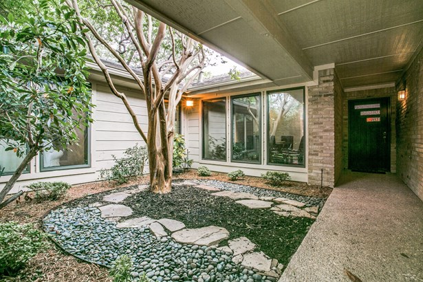 9206 Whitehurst Drive, Dallas, TX - USA (photo 1)