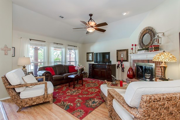 6415 Lakewood Drive, Sachse, TX - USA (photo 5)