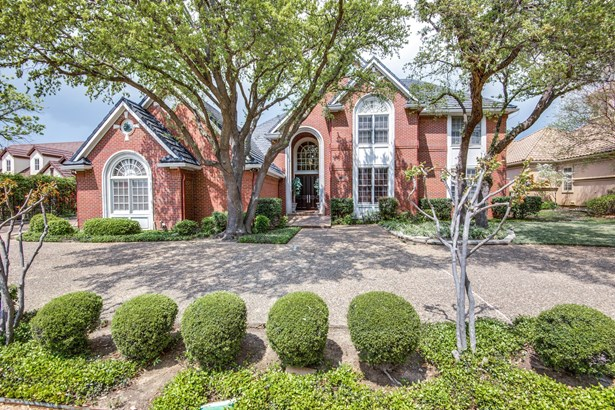 1521 Cottonwood Valley Circle, Irving, TX - USA (photo 1)