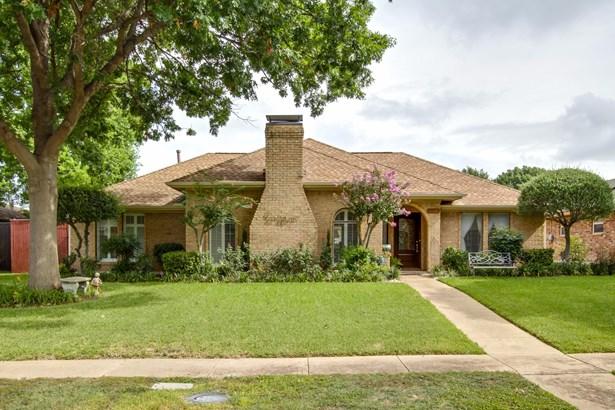 10105 Chisholm Trail, Dallas, TX - USA (photo 1)