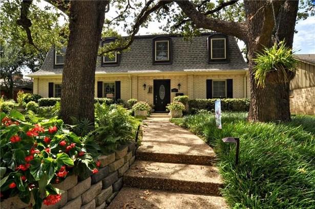 1507 Cripple Creek, Irving, TX - USA (photo 1)