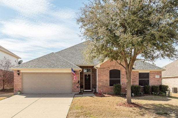 3205 Silver Point Court, Mansfield, TX - USA (photo 1)