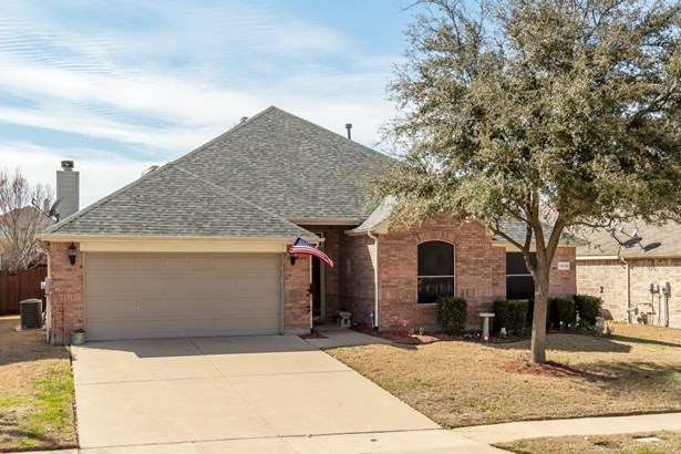 3205 Silver Point Court, Mansfield, TX - USA (photo 3)