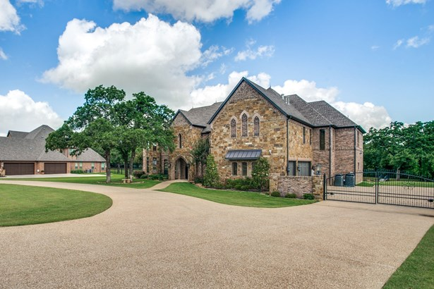 7217 Heritage Oaks Drive, Mansfield, TX - USA (photo 3)