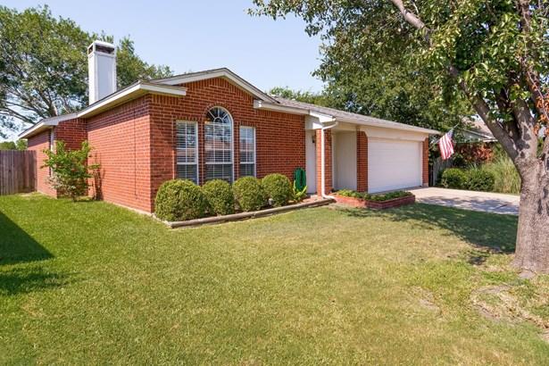6516 Nellie Drive, Arlington, TX - USA (photo 2)
