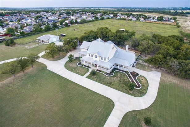 718 Creek Hill Way, Justin, TX - USA (photo 1)