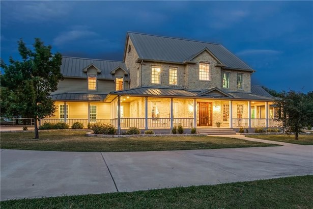 718 Creek Hill Way, Justin, TX - USA (photo 2)