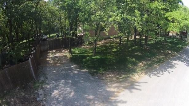 1203 Chestnut Drive, Bartonville, TX - USA (photo 2)
