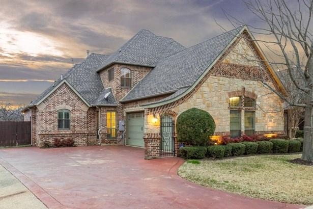 7709 Grace Drive, North Richland Hills, TX - USA (photo 3)