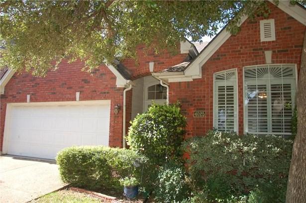 4025 Azure Lane, Addison, TX - USA (photo 2)