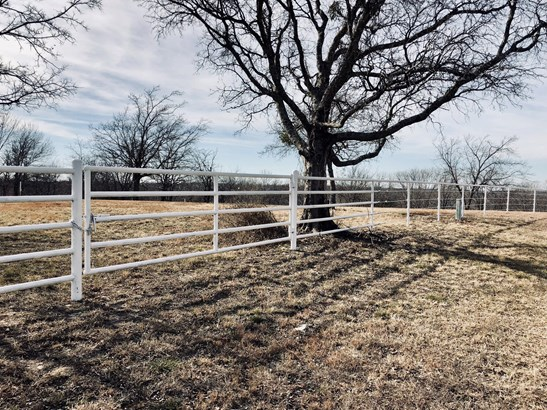 1.5 Ac Southside Drive, Gainesville, TX - USA (photo 3)