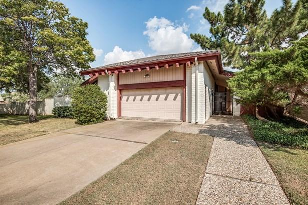 3740 Millswood Drive, Irving, TX - USA (photo 2)