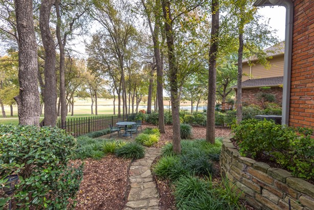 1815 Lakeshore Court, Mckinney, TX - USA (photo 2)
