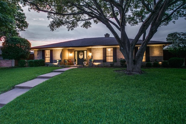 2305 Parkhaven Drive, Plano, TX - USA (photo 2)