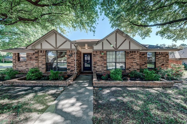 302 Duvall Boulevard, Highland Village, TX - USA (photo 1)