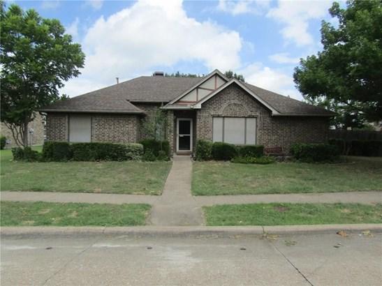 2413 Brookhaven Drive, Mesquite, TX - USA (photo 1)