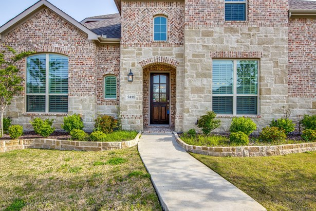 3111 Gentry Drive, Sachse, TX - USA (photo 3)