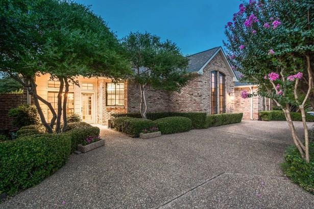 6005 Fallsview Lane, Dallas, TX - USA (photo 2)